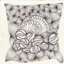 Ein Zentangle aus den Mustern Garlic Cloves, Roids, Sprangle,  gezeichnet von Ela Rieger, CZT